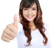 женские большие пальцы руки вверх стоковые изображения rf