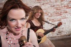 женские музыканты стоковые фотографии rf