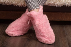 Женские домашние ботинки Стоковые Фотографии RF