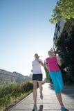Женские друзья jogging Стоковое Фото
