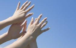 женские руки Стоковое Фото