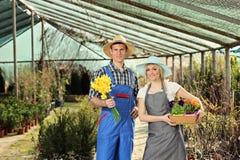 женские садовники сада мыжские стоковое фото
