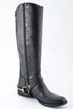 Женские черные кожаные ботинки с низкими пятками Стоковые Изображения