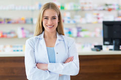 Женский аптекарь стоковое изображение