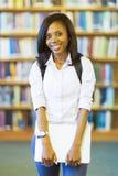 Женский африканский студент колледжа Стоковые Фотографии RF