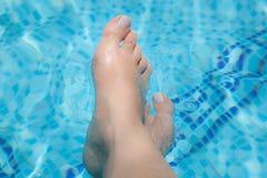 женский бассеин ног Стоковое Изображение RF