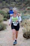 Женский бегун гонки дороги Стоковое Изображение