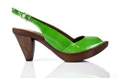 Женский ботинок на белизне Стоковое Изображение RF