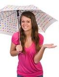 женский зонтик удерживания Стоковое Изображение RF