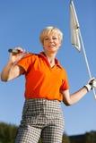 женский старший игрока гольфа стоковое изображение