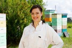 Женский Beekeeper Стоковое Изображение RF