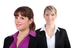 2 женских исполнительной власти Стоковые Изображения