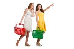 2 женских друз во время Стоковая Фотография