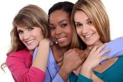 3 женских друз Стоковые Фото