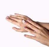 2 женских руки в элегантном представлении Стоковые Фото