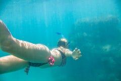 Женское апноэ Гаваи Стоковая Фотография