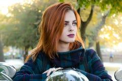 женское модельное напольное Стоковое фото RF