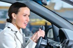 женщина автомобиля дела Стоковые Изображения