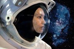Женщина астронавта стоковые фотографии rf