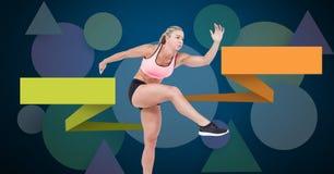 Женщина атлетических спорт с пустыми infographic панелями диаграммы стоковое фото