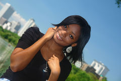 женщина афроамериканца счастливая Стоковые Изображения RF