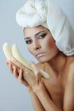женщина банана красивейшая белая Стоковое Изображение RF