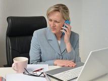 Женщина, бизнес-план Стоковая Фотография RF