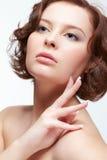 Женщина брюнет с маникюром Стоковая Фотография RF