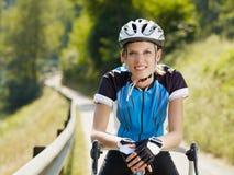 женщина велосипедиста Стоковые Изображения