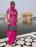 женщина виска amritsar золотистая Индии сикхская Стоковая Фотография RF