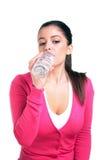 женщина воды весны бутылки выпивая Стоковые Фото