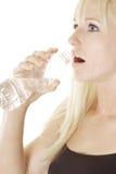 женщина воды в бутылках Стоковое Изображение RF