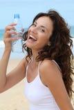 женщина воды крупного плана бутылки Стоковое Изображение RF