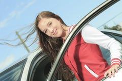 Женщина водителя автомобиля счастливая Стоковое фото RF