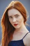 Женщина волос портрета красная Стоковые Изображения RF