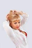 Женщина в белизне Стоковые Фотографии RF