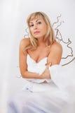 Женщина в белизне Стоковая Фотография