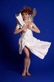 Женщина в бумажном платье стоковые фото