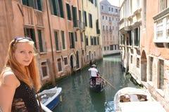 Женщина в Венеции Стоковые Изображения