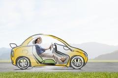 Женщина в вычерченном автомобиле стоковая фотография