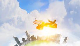 Женщина в вычерченном самолете Мультимедиа Стоковая Фотография