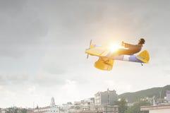 Женщина в вычерченном самолете Мультимедиа Стоковая Фотография RF