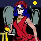 Женщина в красном платье в кладбище с составом Сантой de Muerto Стоковое фото RF