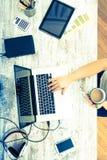 Женщина в домашнем офисе Стоковое Изображение RF