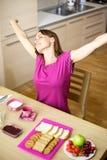 Женщина в пижамах протягивая рукоятки Стоковая Фотография RF