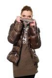 Женщина в свитере и куртке стоковые изображения rf