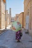 Женщина в Узбекистане стоковые фотографии rf