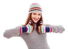 Женщина в шляпе и mittens Стоковое Изображение