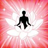 Женщина в asana цветка лотоса йоги Стоковое фото RF