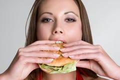 женщина гамбургера Стоковое Фото
